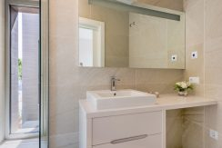 Viila Shiera Finestrat baño