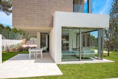 Viila Shiera Finestrat fachada lateral