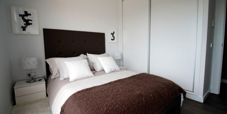 ES 10 Mahersol - Sierra Cortina - urb Mediterranean Garden - dormitorio